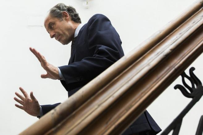 El ex presidente de la Generalitat Valenciana, Francisco Camps, tras...