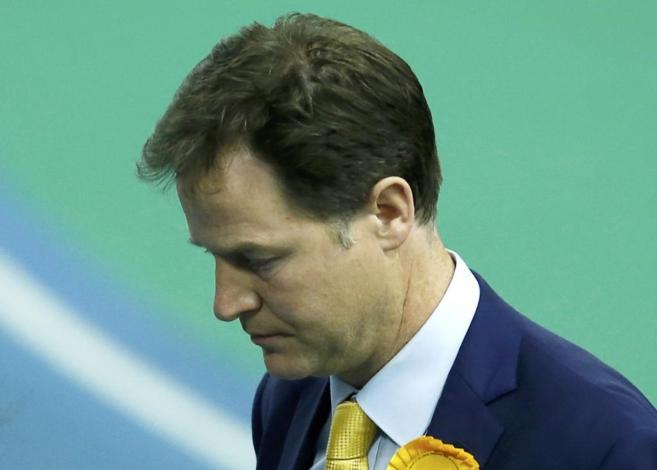 El liberal-demócrata, Nick Clegg, tras conocer los resultados.
