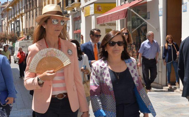 La Infanta Elena, durante su visita a Lorca por su trabajo en Mapfre.