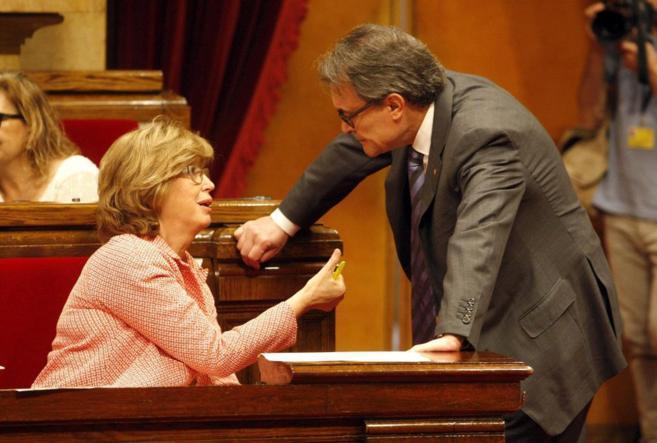 La consellera Irene Rigau con el president de la Generalitat, Artur...