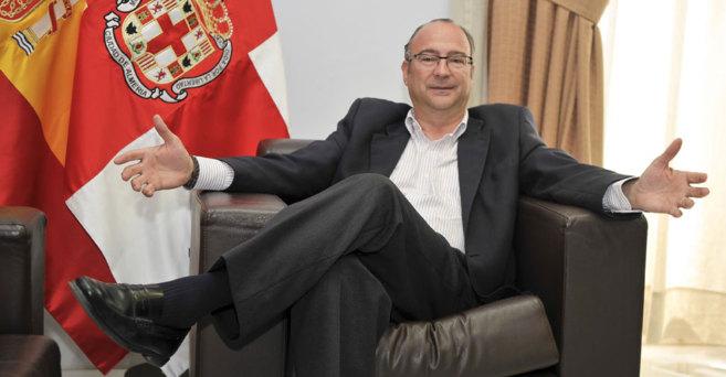 Luis Rogelio Rodríguez Comendador, en su despacho del Ayuntamiento de...