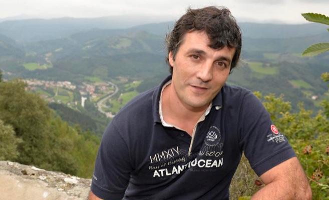 Iñaki Rekarte (44 años) vive  en el norte de Navarra.