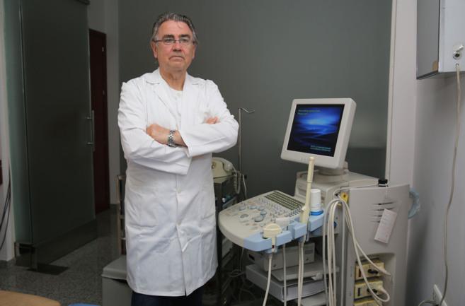 El doctor Pedro Torrecillas.
