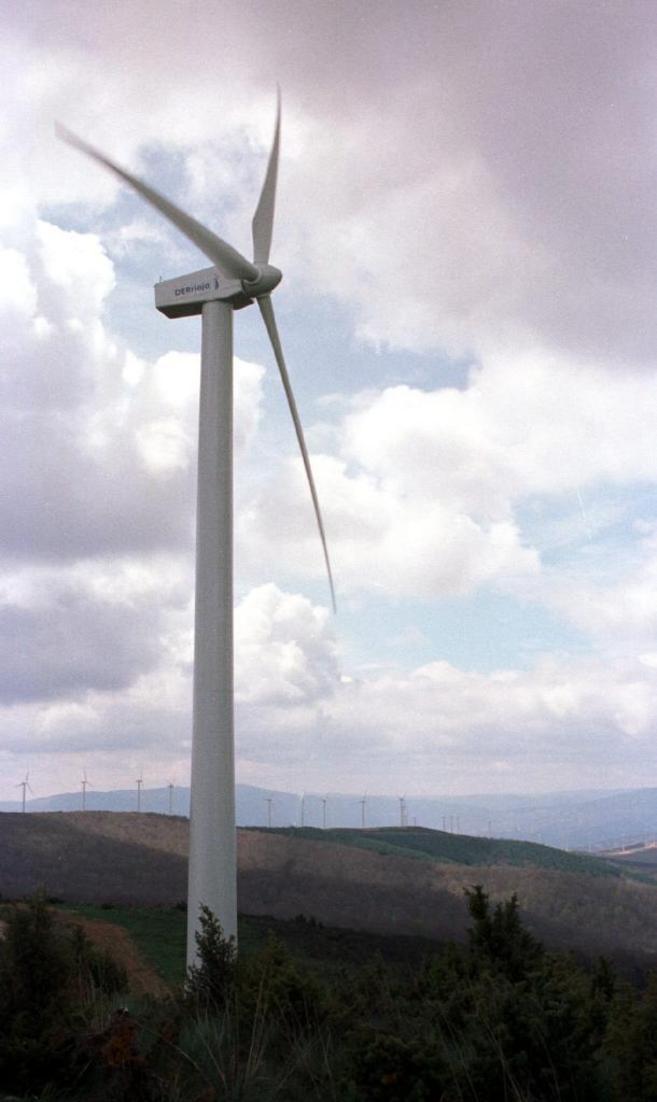 Parque eólico de Cabimonteros, en la Sierra de la Hez (La Rioja).