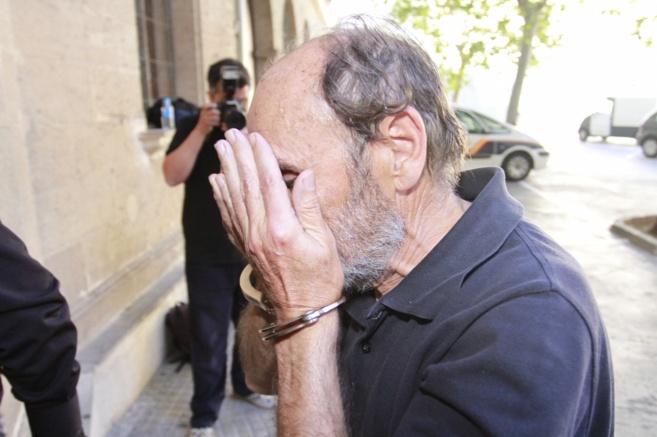 El arrestado pasando este martes a disposición judicial en Palma.