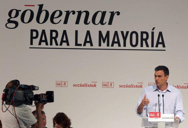 Pedro Sánchez en el mitin en el Palacio Euskalduna de Bilbao.