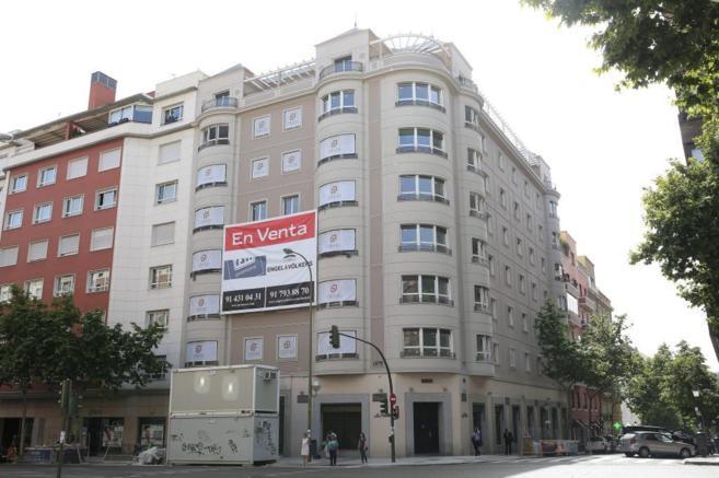 Edificio rehabilitado en la calle Velázquez 87 de Madrid en el que...