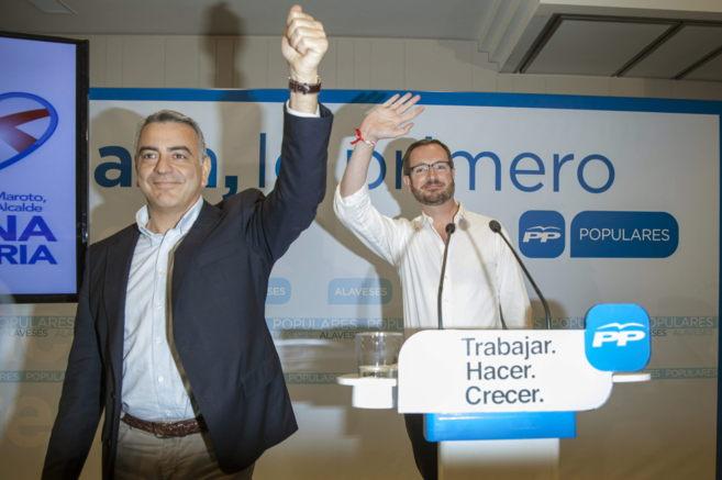 Javier de Andrés y Javier Maroto en el mitin de esta tarde en...