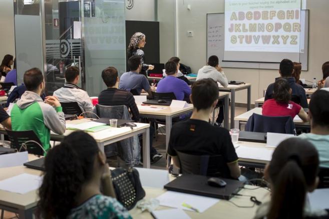 Aula de formación para 'ninis' en Valencia.