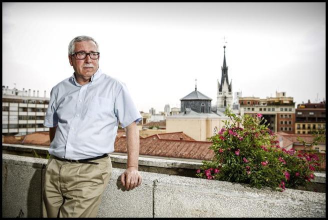 Ignacio Fernández Toxo, secretario general de CCOO, en una azotea
