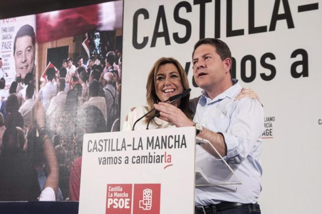 Susana Díaz y Emiliano García-Page, en Puertollano (Ciudad Real).