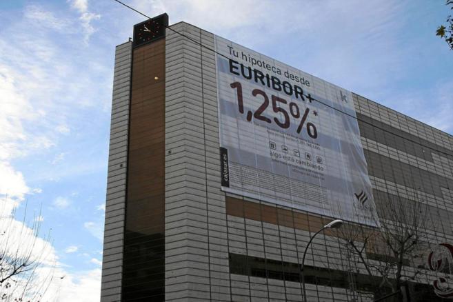 Imagen de archivo de una campaña hipotecaria en la que se publicita...