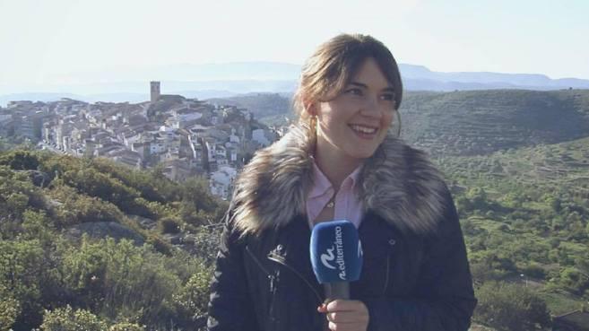 La periodista castellonense Alba Saura participa en el rodaje.