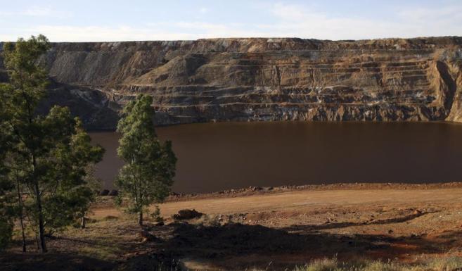 Vistas de la mina de Aznalcollar.