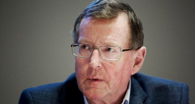 El Premio Nobel de la Paz, David Trimble.