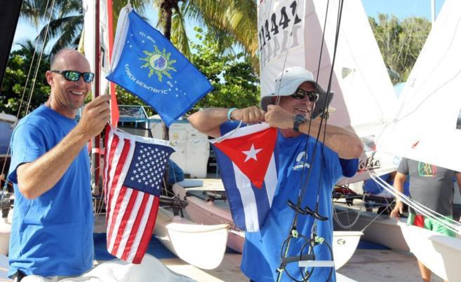 Regata con embarcaciones de equipos de Cuba y Estados Unidos que se...