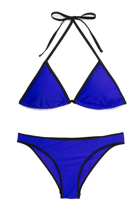 En azul 'klein', de Mango (28,98 euros).