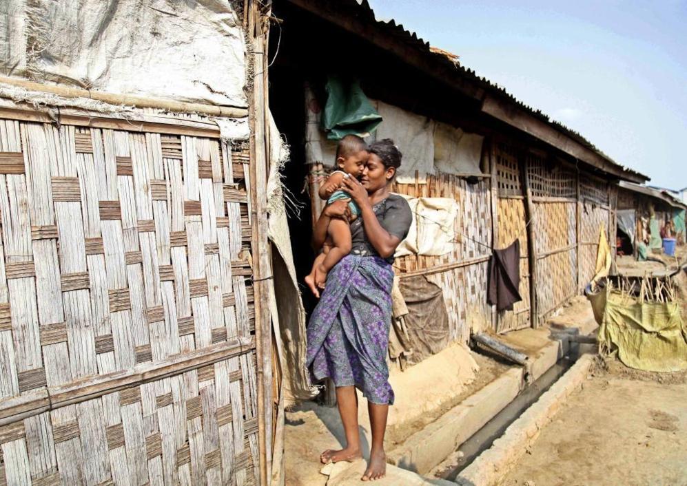 Campo de refugiados para musulmanes de la minoría Rohingya de...