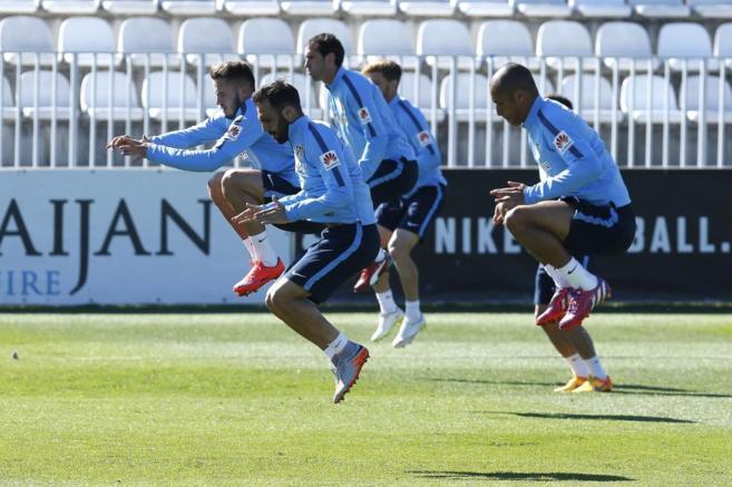 Último entrenamiento del Atlético antes de viajar a Granada.