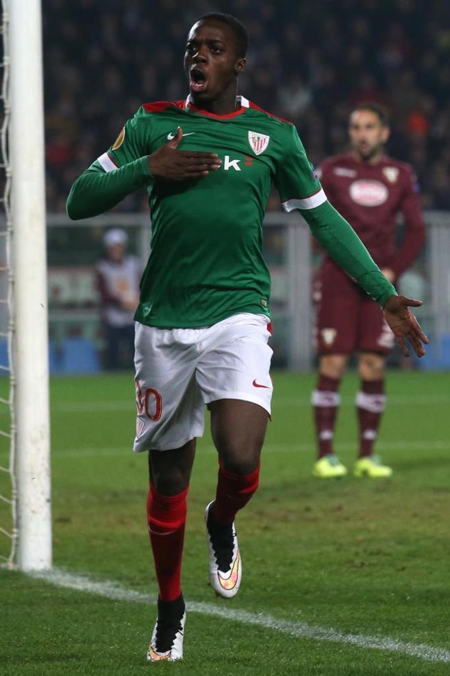 Iñaki Williams celebrando su primer gol con el Athletic.