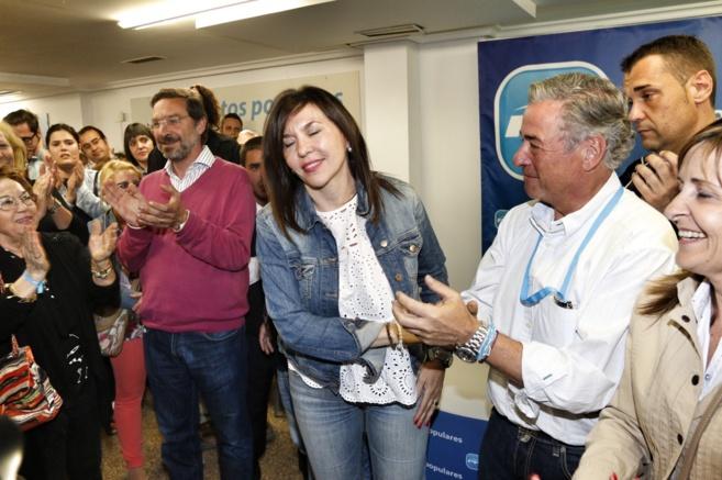 Mercedes Alonso en la sede del PP de elche tras conocer los resultados