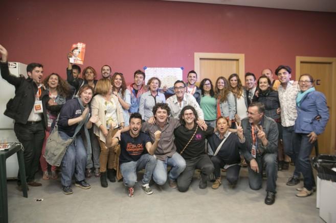 Los miembros de la candidatura de Compromís de Betxí celebran su...