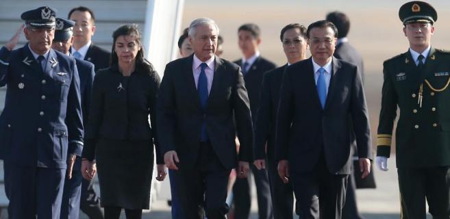 El primer ministro chino, Li Keqiang, a su llegada a Chile.