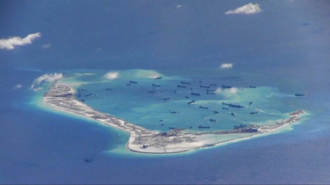 Barcos chinos son avistados por la marina de EEUU en las disputadas...