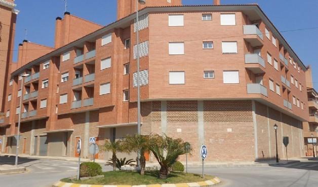 Fachada de un edificio de viviendas comercializadas por Casaktua.com...