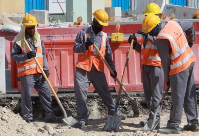 Trabajadores, en una obra de Doha, la capital qatarí.