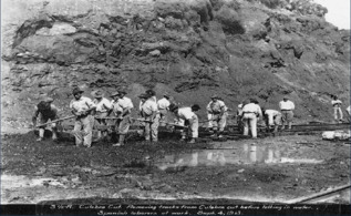 Obreros en el Canal en septiembre de 1913.