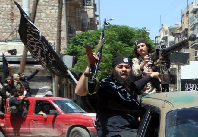 Luchadores del Frente Al Nusra, en la ciudad siria de Alepo.
