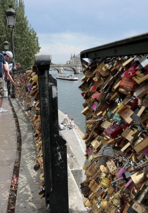 Candados en el Pont des Arts.