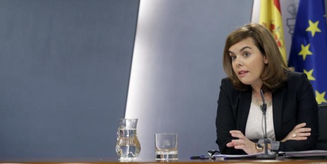 Soraya Sáenz de Santamaría, vicepresidenta del Gobierno, en la rueda...