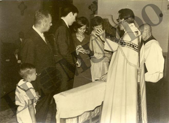 Manuela Carmena y Eduiardo Leira fueron casados por Jesús Aguirre en...