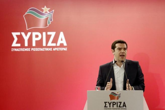 El primer ministro griego Alexis Tsipras, en una intervención en el...