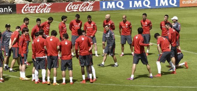 Valverde dirige el entrenamiento del viernes en Lezama.