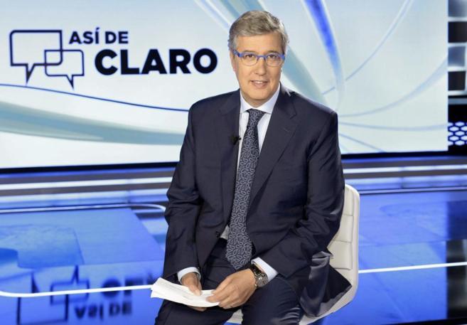 Ernesto Sáenz de Buruaga conduce 'Así de claro'.