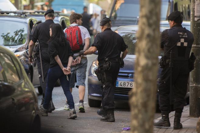 Dos de los detenidos en el desahucio de Tetuán.