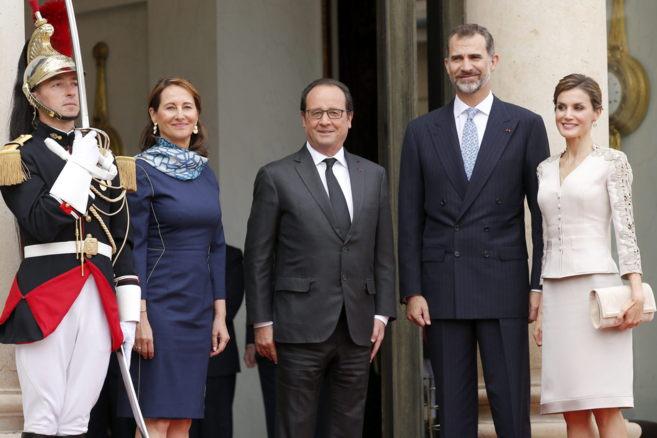 Ségolène Royal, François Hollande y los Reyes de España
