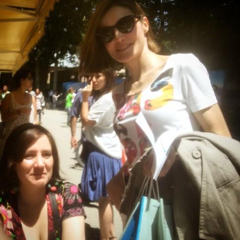 Foto de la Reina y Paula Gingins cedida por @olletana.