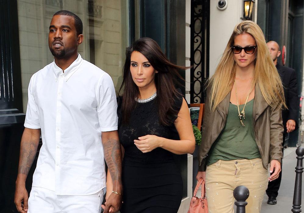 En 2012, coincidió con una de las parejas de moda, Kim Kardashian y...