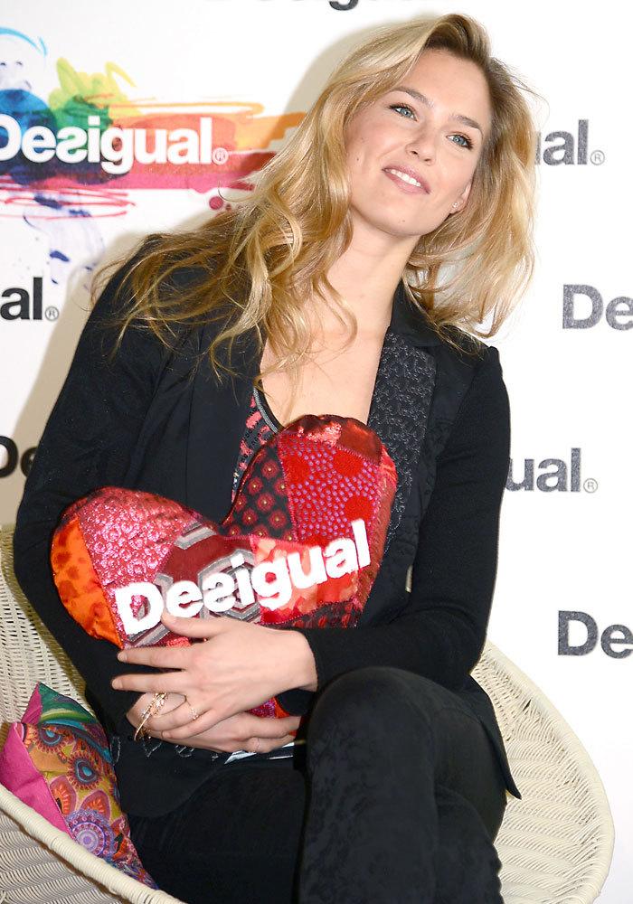 En 2013, se convirtió en la imagen de la firma española 'Desigual'.