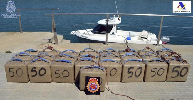 Imagen de archivo de droga incautada por la Policía Nacional.