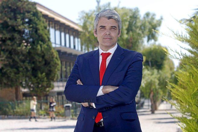 El director general de la Fundación CEU San Pablo, José Luis...