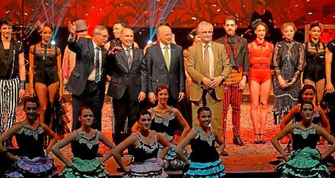 Ceremonia de clausura del WGC 2015 con un espectáculo del Moulin...