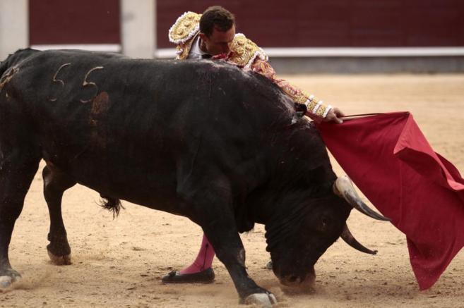 Natural de Rafaelillo, que perdió el triunfo con la espada, al buen...
