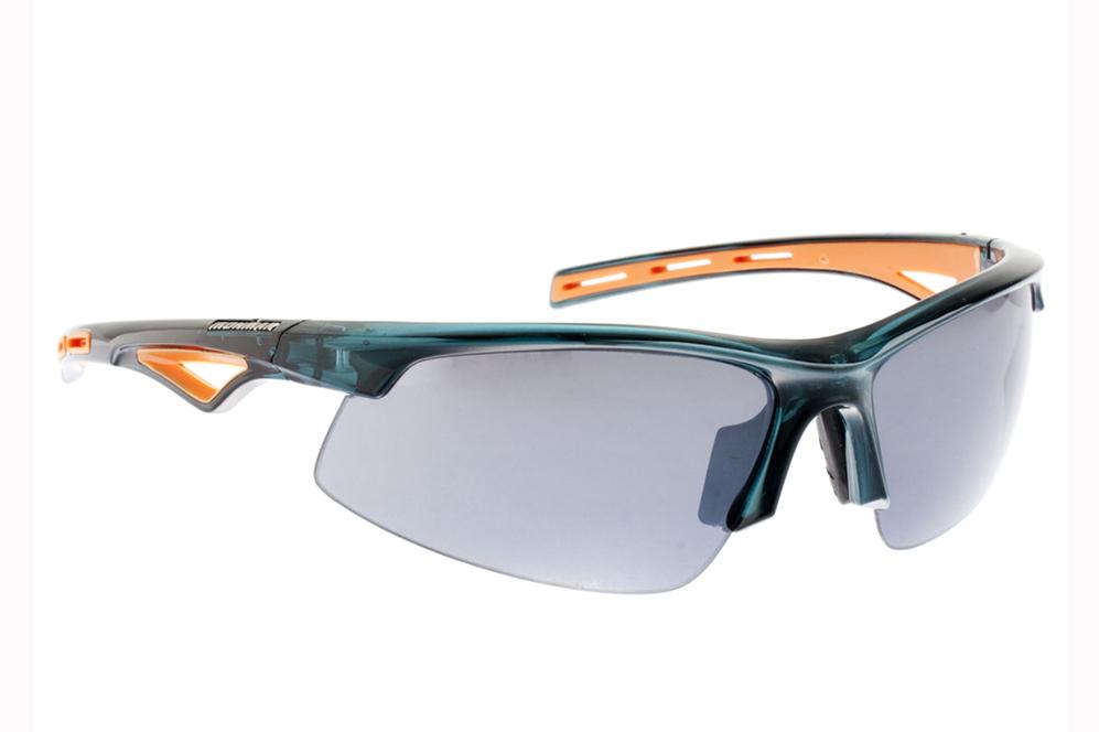 Montura de nylon, patillas de goma y puente ajustable. Las gafas...
