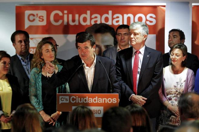 El alcaldable de Ciudadanos, Fernando Giner, tras conocer los...