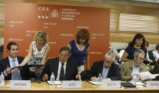 Antonio Garamendi, Juan Rosell, Ignacio Fernández Toxo y Cándido...